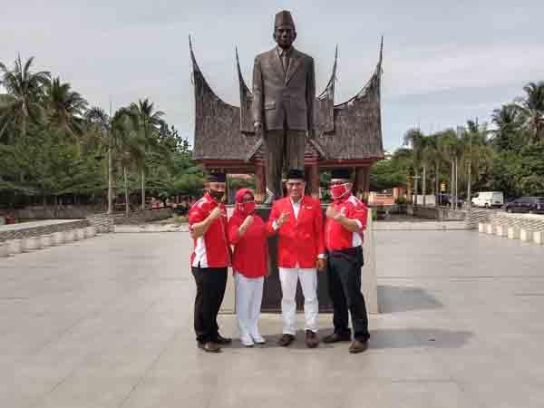 HUT ke 22, PKPI Kunjungi Makam Prof M Yamin, Sering Mengingat Jasa Pahlawan Berikan Efek Positif