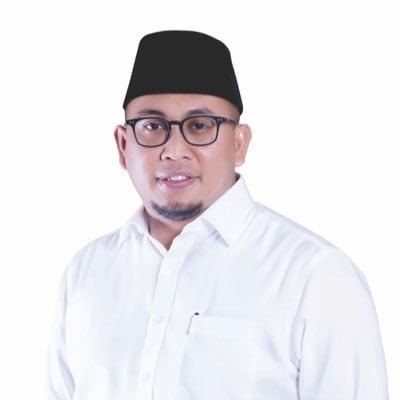 HUT ke-13 Gerindra, Andre Berbagi Ribuan Paket Sembako