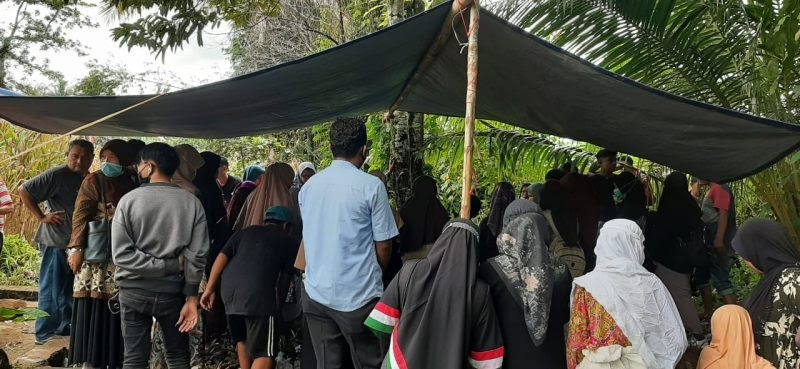 Mahasiswi UNP Korban Air Terjun Lubuk Hitam, Felisia Dimakamkan di Lubuk Basung