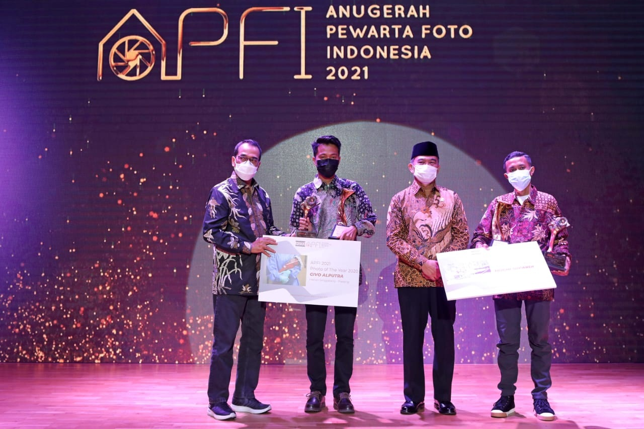 Givo Alputra Raih Penghargaan 'Photo of The Year' APFI 2021