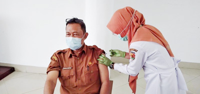 Sekda Kota Solok Himbau ASN Ikuti Vaksinasi